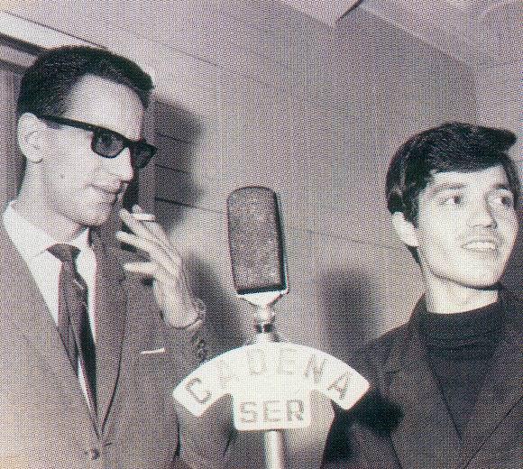 Rock and roll radio. Tomás Martín Blanco con sus características gafas oscuras.